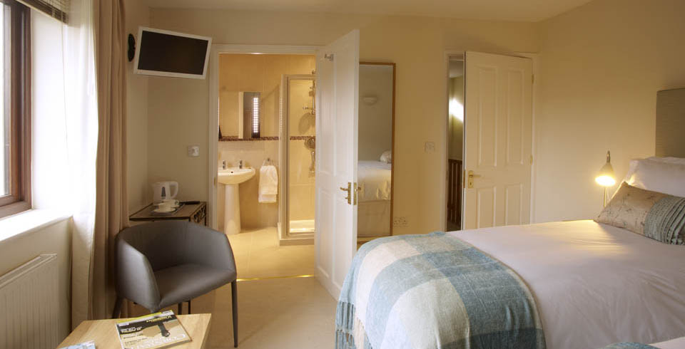 The Cove Room Benefits From Glorious Late Afternoon Sun Decorated In Duck Egg And Neutral Tones With Contemporary Oak Furniture It Offers Our Guests Twin